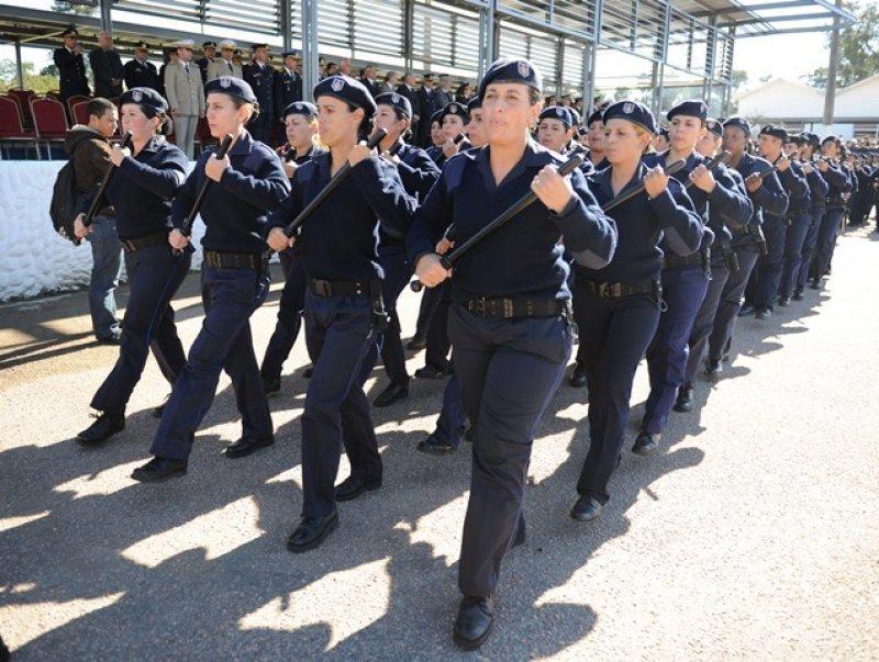 Policías egresados de la Escuela Nacional de Policía