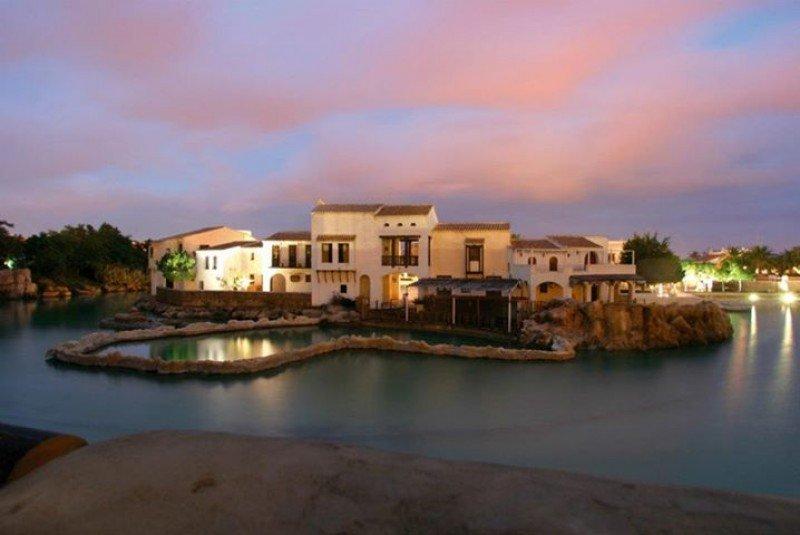 La zona Iberia Village ha reformado su oferta de espectáculos, restauración y ocio nocturno.