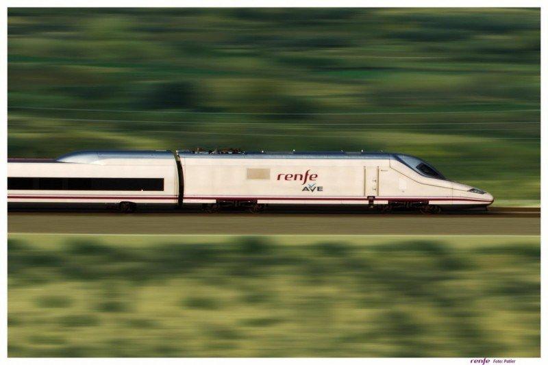 El primer tren directo entre Vigo y Oporto entra en servicio este martes (foto archivo).