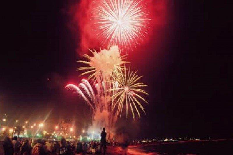 Los entes festeros han reducido la inversión en las hogueras de Alicante.