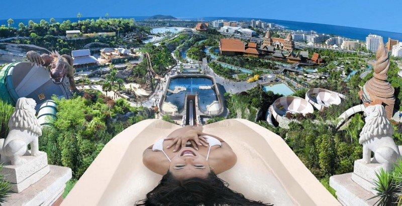 Bajo la dirección de Christoph Kiessling y con un presupuesto de 62 millones de euros, vio la luz en 2008 el parque acuático Siam Park.