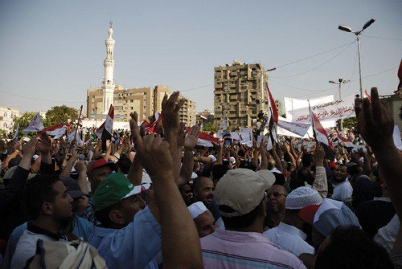 Manifestación en El Cairo a favor del presidente Mohamed Morsi, el pasado 21 de junio. #shu#