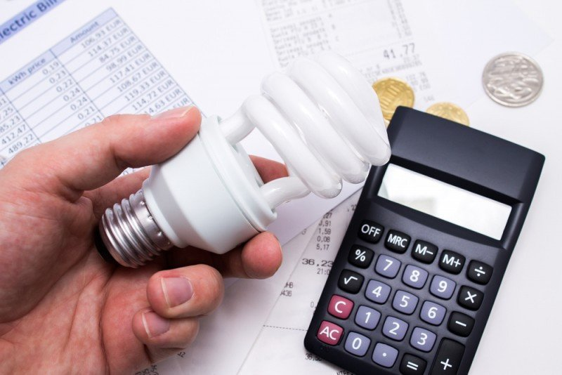 Los costes energéticos han pasado en 15 años de representar el 4% de los gastos de gastos de un hotel al 15%, según CEHAT. #shu#