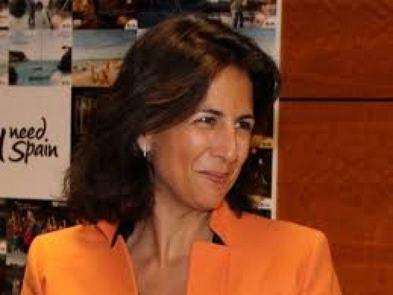 Isabel Borrego augura un buen verano para el turismo.