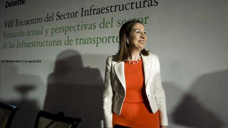 La ministra de Fomento, Ana Pastor.
