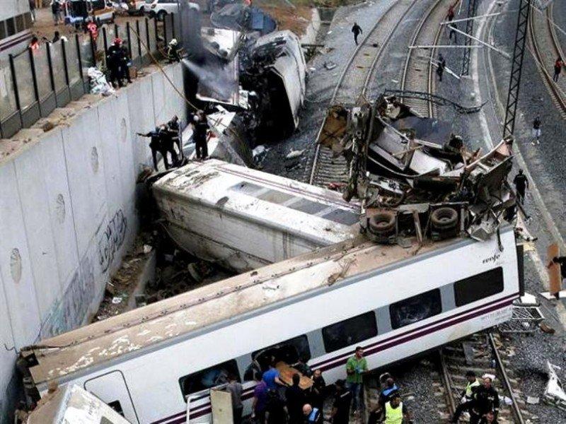 Imagen dantesca de cómo quedó el tren Alviá.