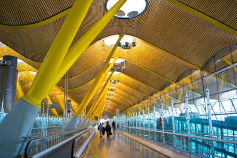 Por el aeropuerto de Barajas pasan 45 millones de pasajeros cada año. Foto: #shu#