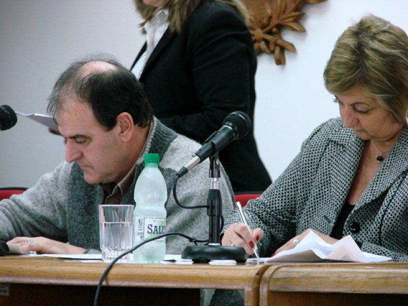 Intendente de Maldonado y ministra de Turismo en el lanzamiento de las licitaciones