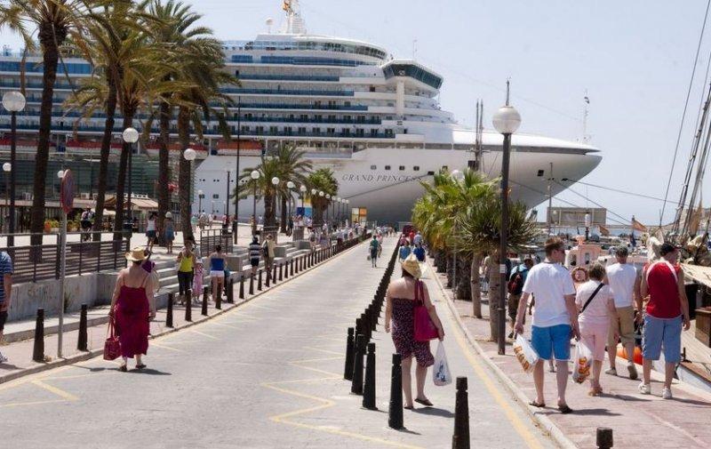 El puerto de Cartagena tiene el 98% de los arribos totales.