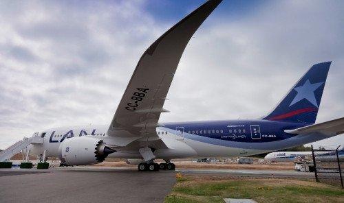 LAN reanuda sus vuelos a Los Ángeles con los 787 Dreamliner de su flota