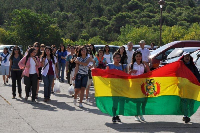 Jóvenes de Bolivia preparados para partir hacia Rio