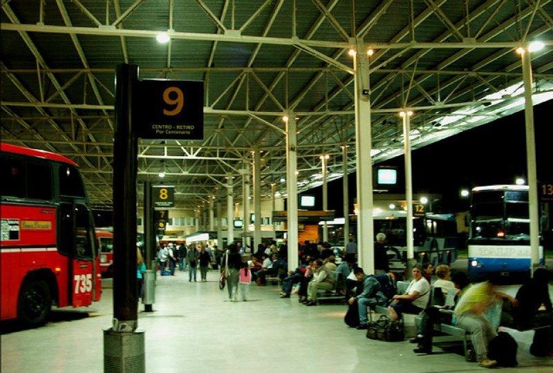 En la terminal de La Plata se registró el mayor número de infracciones.