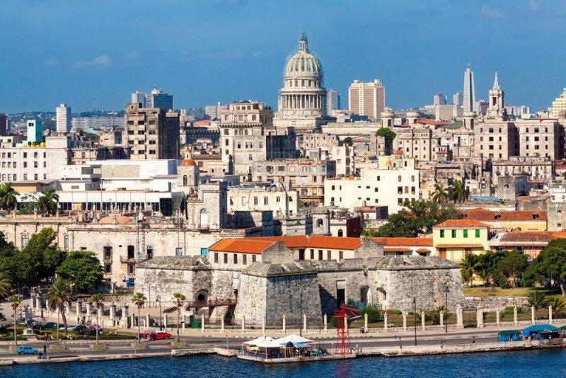 La Habana vieja cuenta con 20 pequeños hoteles, algunos de ellos en edificios históricos. #shu#