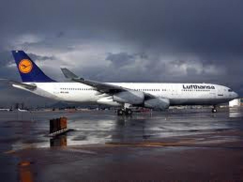 Lufthansa espera que los resultados de este año sean mejores que en 2012.
