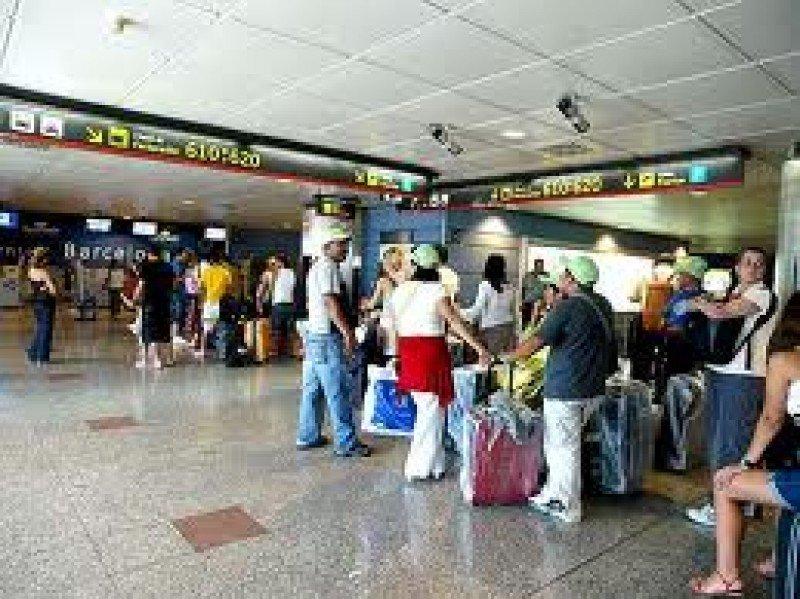 El transporte aéreo perdió un gran número de usuarios en junio.