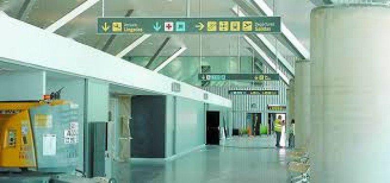 El aeropuerto de Ciudad Real cerró definitivamente en abril de 2012.