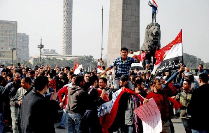 Imagen de archivo de las revueltas de la primavera árabe en Egipto. #shu#