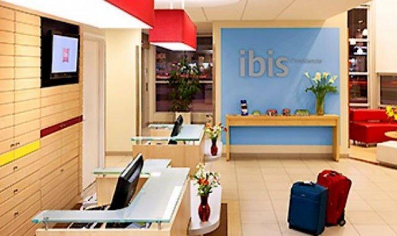 En Chile Accor cuenta con hoteles de la marca Ibis, Novotel y Mercure.