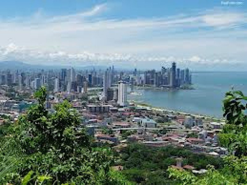 Panamá se consolida como un centro de negocios.