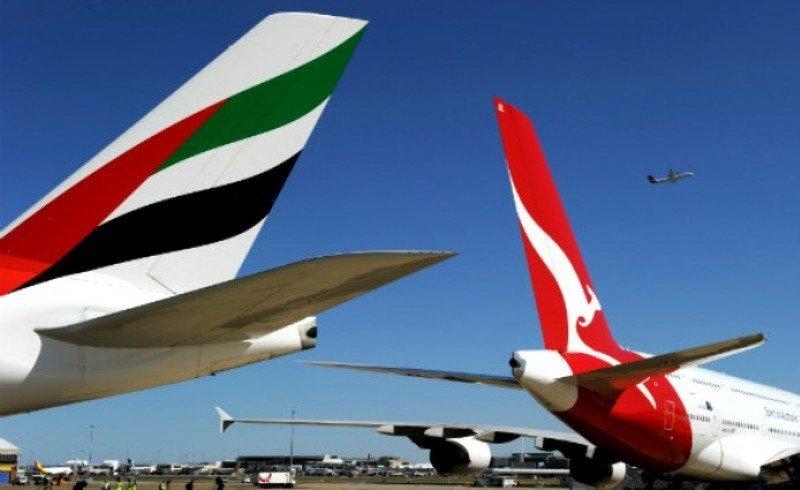 La alianza con Emirates saca de pérdidas a Qantas