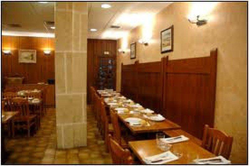 La normativa establece restaurantes de lujo y primera, segunda y tercera categoría.