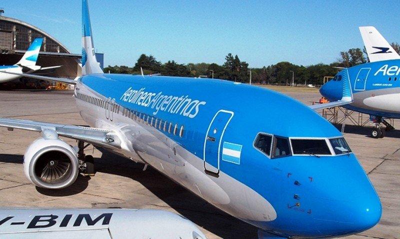 Argentina exige reciprocidad a Chile y Brasil con las operaciones de Aerolíneas Argentinas