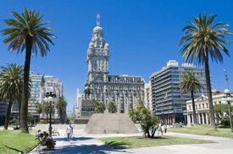 Montevideo mejorará sus infraestructuras para posicionarse en el turismo de reuniones.