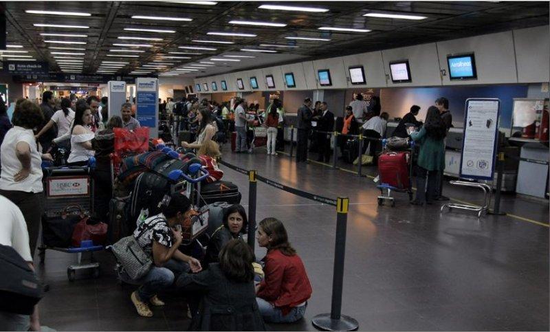 El miércoles 10 de julio los pasajeros de Aerolíneas Argentinas estuvieron demorados y sufrieron cancelaciones.