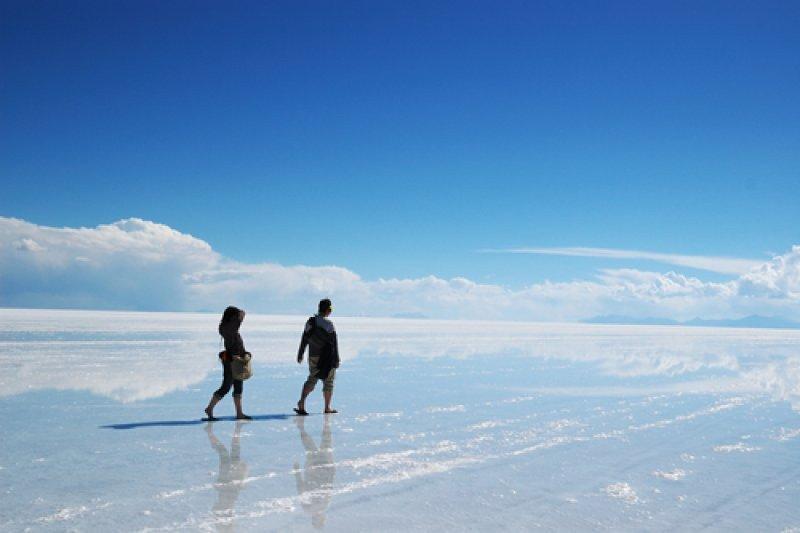 El salar de Uyuni es el lugar turístico más visitado en Bolivia
