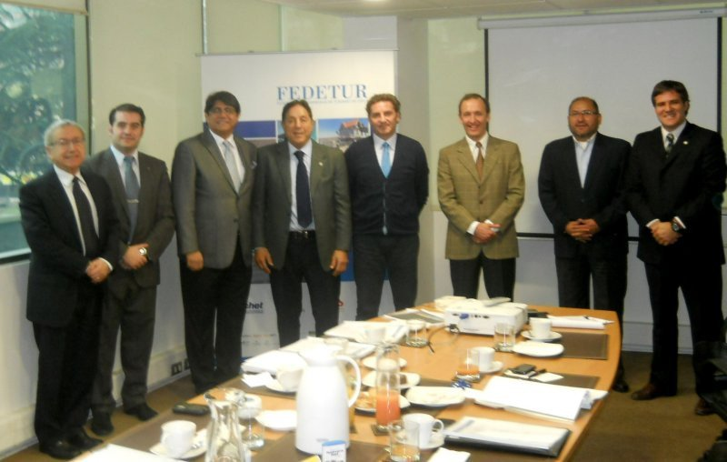 Sesión de CETUR en Santiago de Chile.