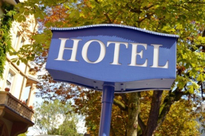 Hoteles, restaurantes y comercio es el sector que menos ha crecido en el año