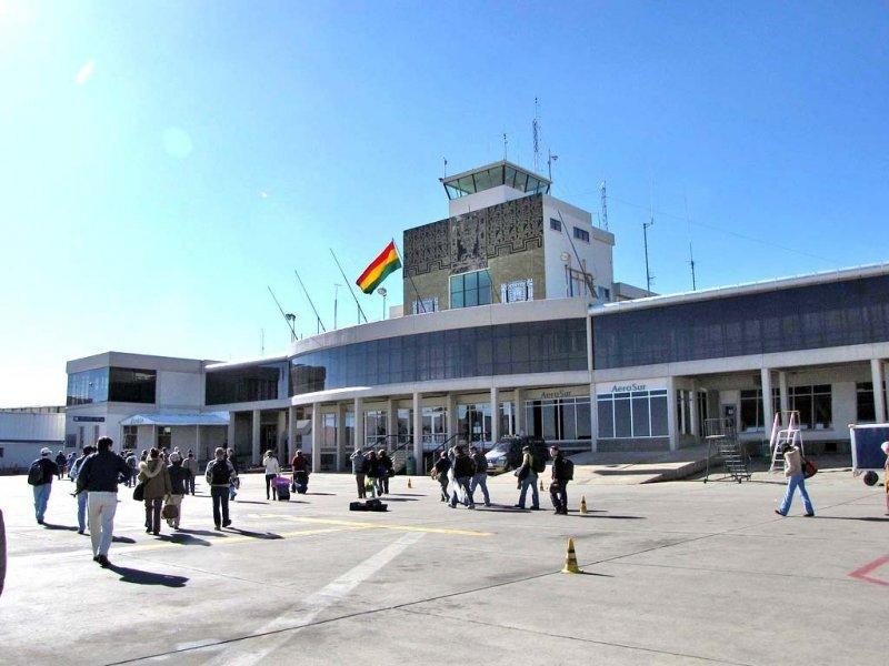 El aeropuerto de El Alto es insuficiente para el tráfico aéreo de La Paz y sus previsiones de crecimiento