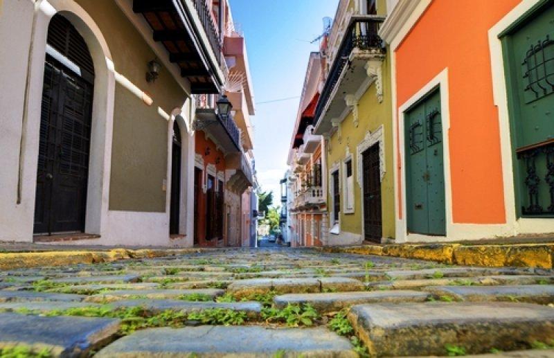 Las calles del Viejo San Juan son patrimonio de la Humanidad y exhiben la riqueza gastronómica de la isla