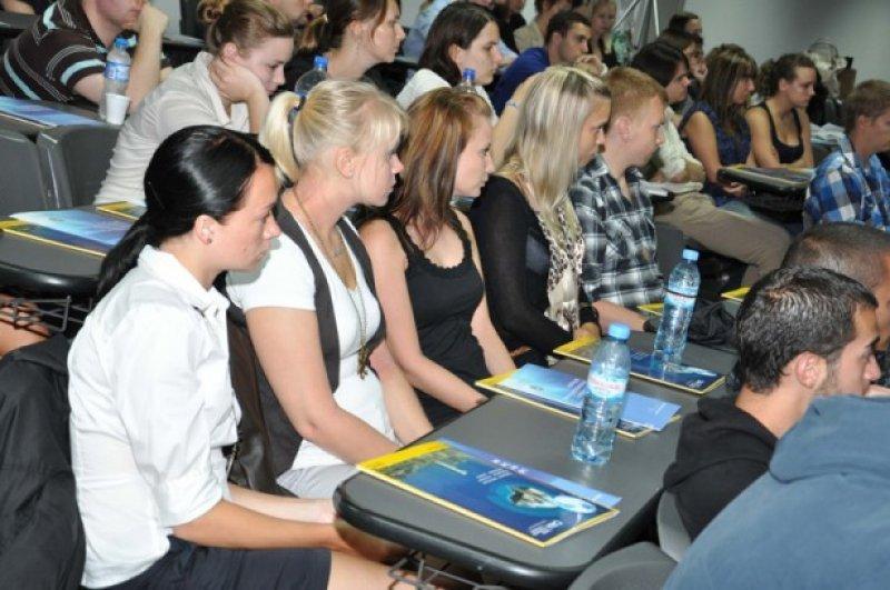 Los estudiantes se quedan entre una semana y seis meses en Argentina.