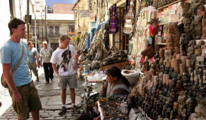 Los ingresos por turismo en Bolivia son doce veces menores a los de Brasil