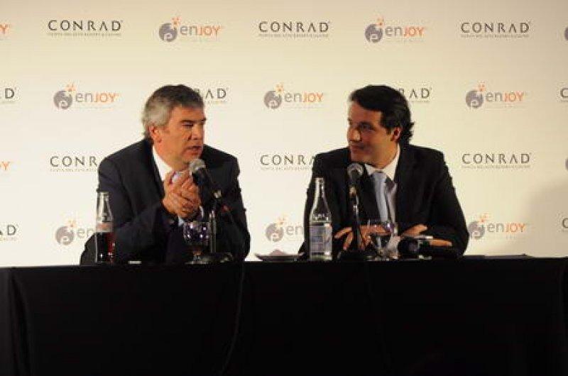 Javier Martínez, presidente ejecutivo de Enjoy, y Juan Eduardo García, gerente general del Conrad