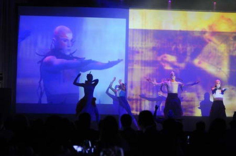 La presentación en Punta del Este incluyó un espectáculo artístico para un millar de invitados