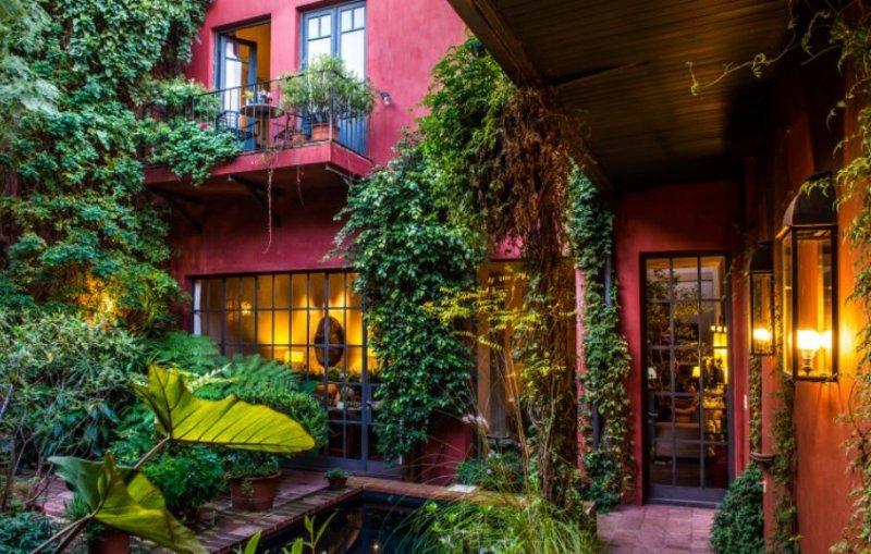 La marca BE fue creada para comenzar a gestionar el hotel boutique de F.F.Coppola.
