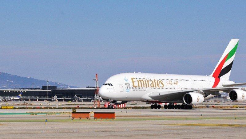 El A-380 de Emirates en el Aeropuerto de Barcelona-El Prat.