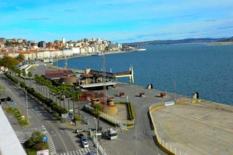 Puerto de Santander, donde se realizan las obras de un nuevo frente marítimo (Foto: Diario Montañés).