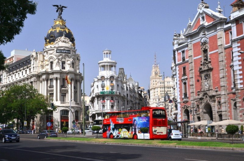 La Gran Vía de Madrid. #shu#