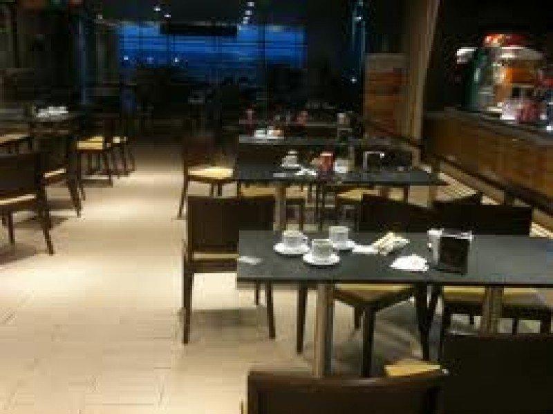 Hay un total de 2.500 restaurantes y cafeterías en concesión.