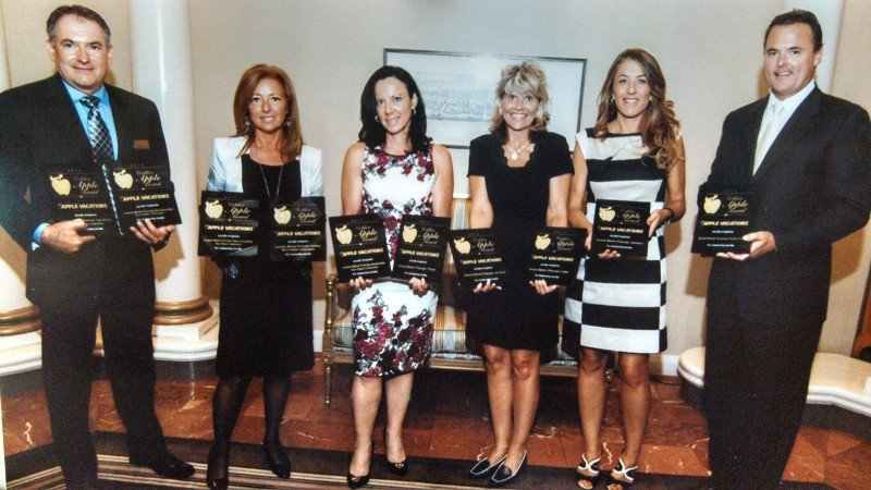 Bahia Principe recibe 11 premios Apple a la excelencia global