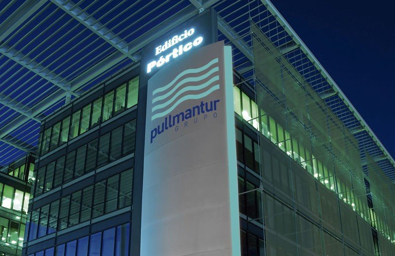 Sede madrileña de Pullmantur en el edificio Pórtico.