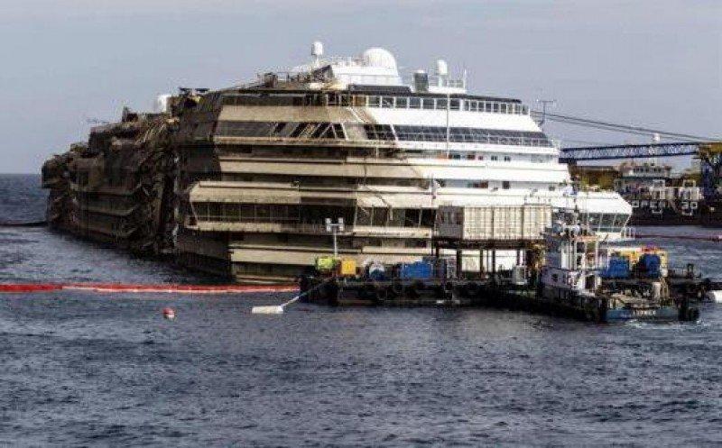Encuentran restos humanos en las proximidades del Costa Concordia