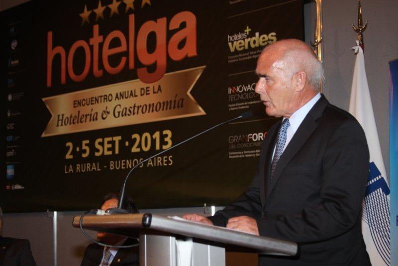 Enrique Meyer dejó inaugurada la XI edición de HOTELGA.