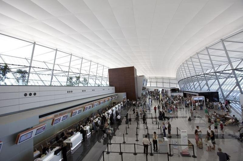 Paros de dos horas por turno retrasarán vuelos en Aeropuerto de Carrasco hasta el jueves 17
