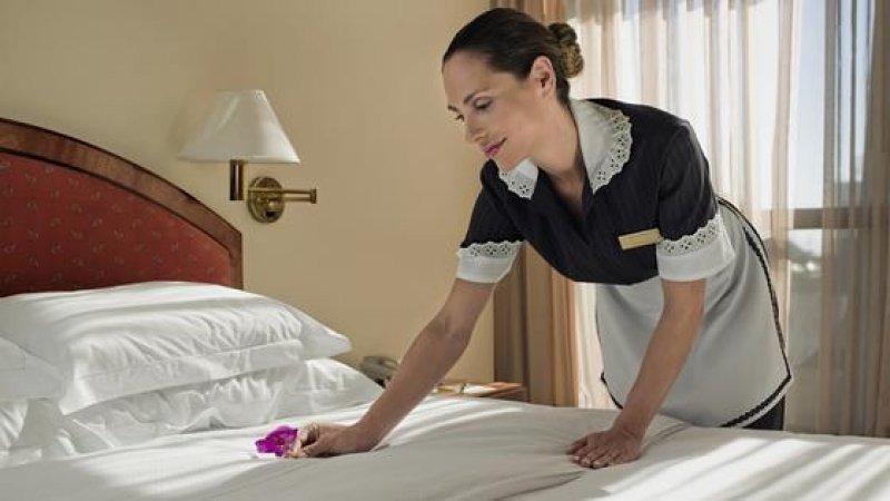 El 100% del empleo requerido por hoteles y restaurantes de Argentina fue para mantenimiento