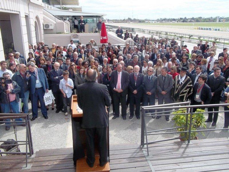 El presidente de Audavi en la inauguración de la segunda Expo VTN en Uruguay