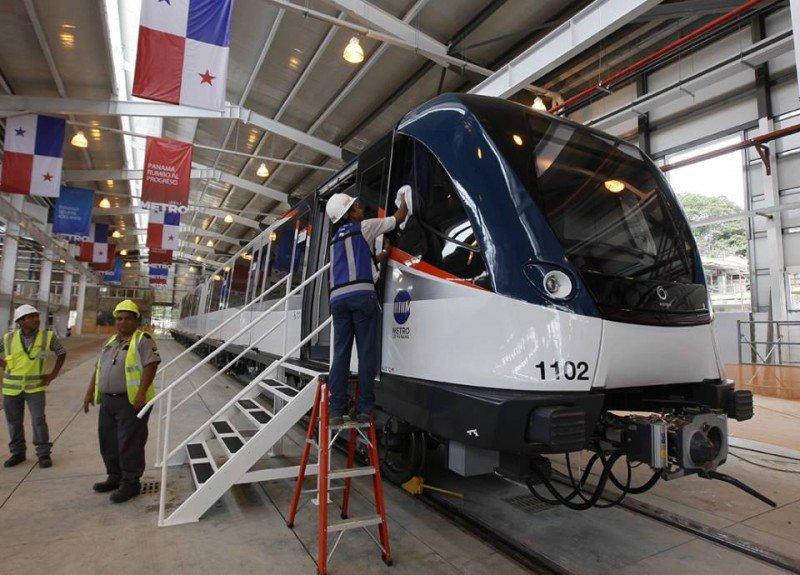 Metro de Panamá empezará a operar gratuitamente en enero 2014